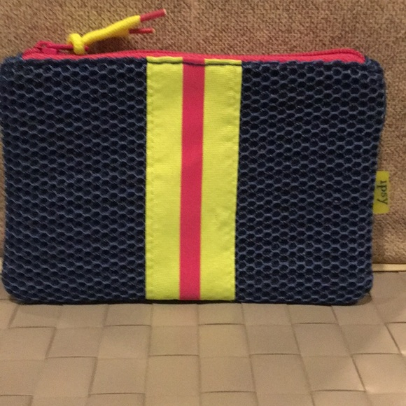 ipsy Other - Ipsy Small Cosmetic Bag